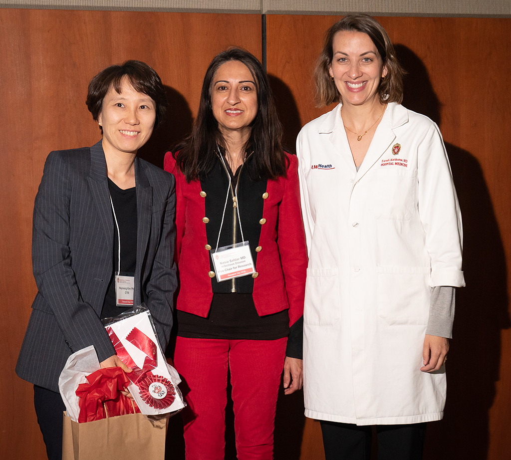UW-CTRI Researcher Dr. Nayoung Kim received an award for her poster